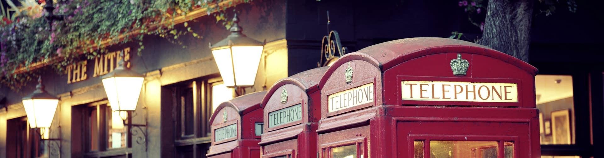 LONDON, UK - SEP 27: London Street view with telephone box on Se